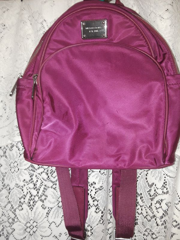 090702ff33ed0c Michael Kors, pink backpack purse in good condition for Sale in ...