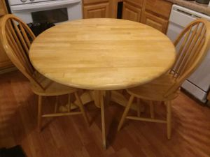 More pics of the table n chairs for Sale in Baltimore, MD