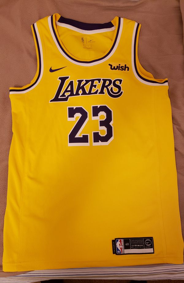 purchase cheap 434cc d0b88 Lebron James Lakers Jersey w/ Wish Patch BRAND NEW Size Small, no tags for  Sale in El Segundo, CA - OfferUp