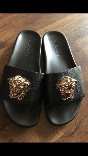 Versace slides size 11 for Sale in El Cajon, CA