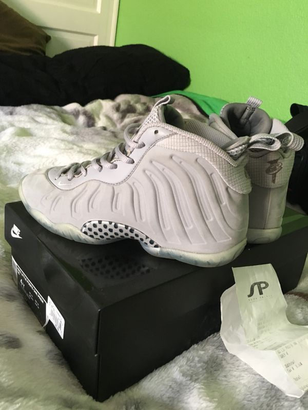1388d25c3c1 Wolf grey foams for Sale in Stockton