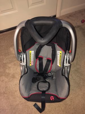 Car seat with base for Sale in Silver Spring, MD