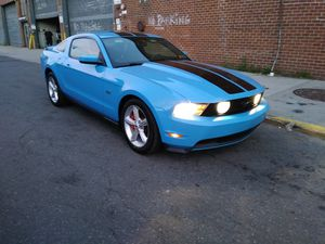 Mustang GT V8 2010 MANUAL MILES 201k 1OWNER Nice CLEAN for Sale in Valley Stream, NY