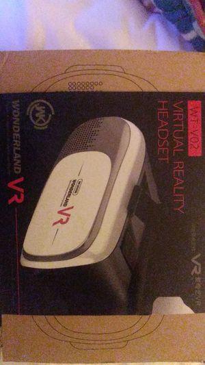 Virtual reality headset Wonderland VR for Sale in Orlando, FL