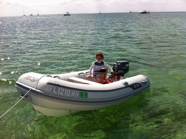 11 inflatable boat with hard bottom for Sale in Miami, FL - OfferUp