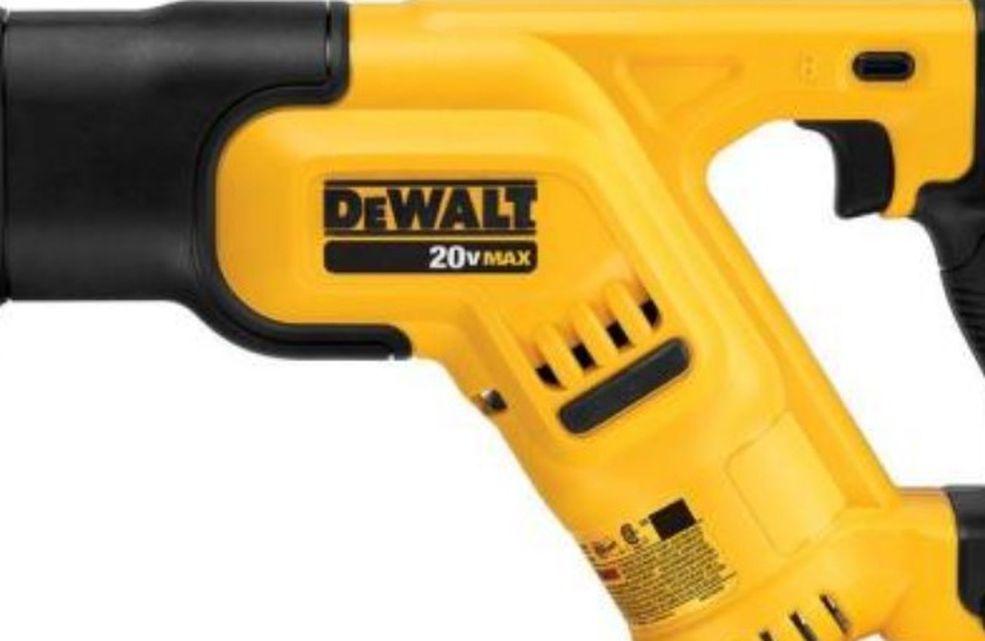 DeWalt Reciprocating Saw