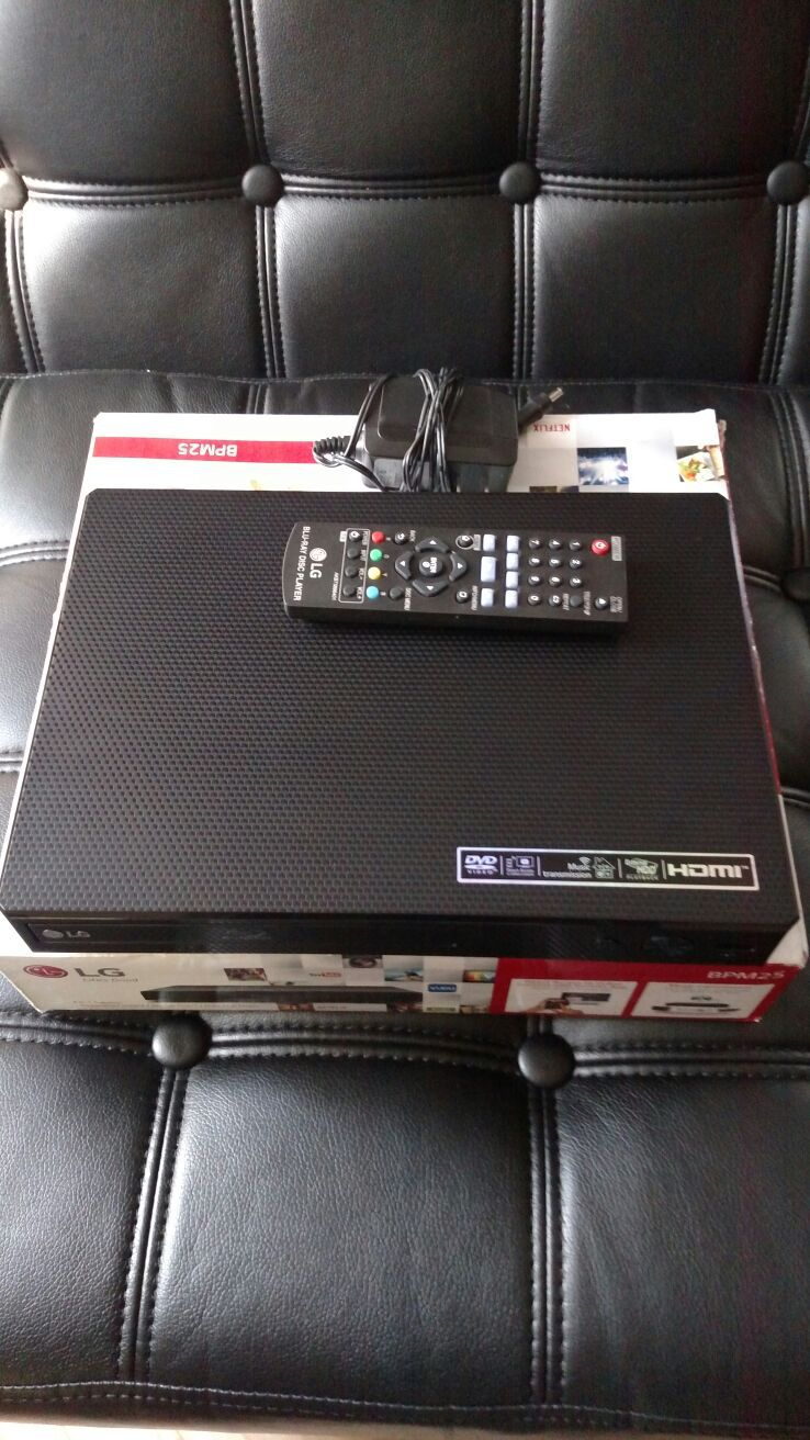 LG Blu-ray HDMI DVD Netflix player