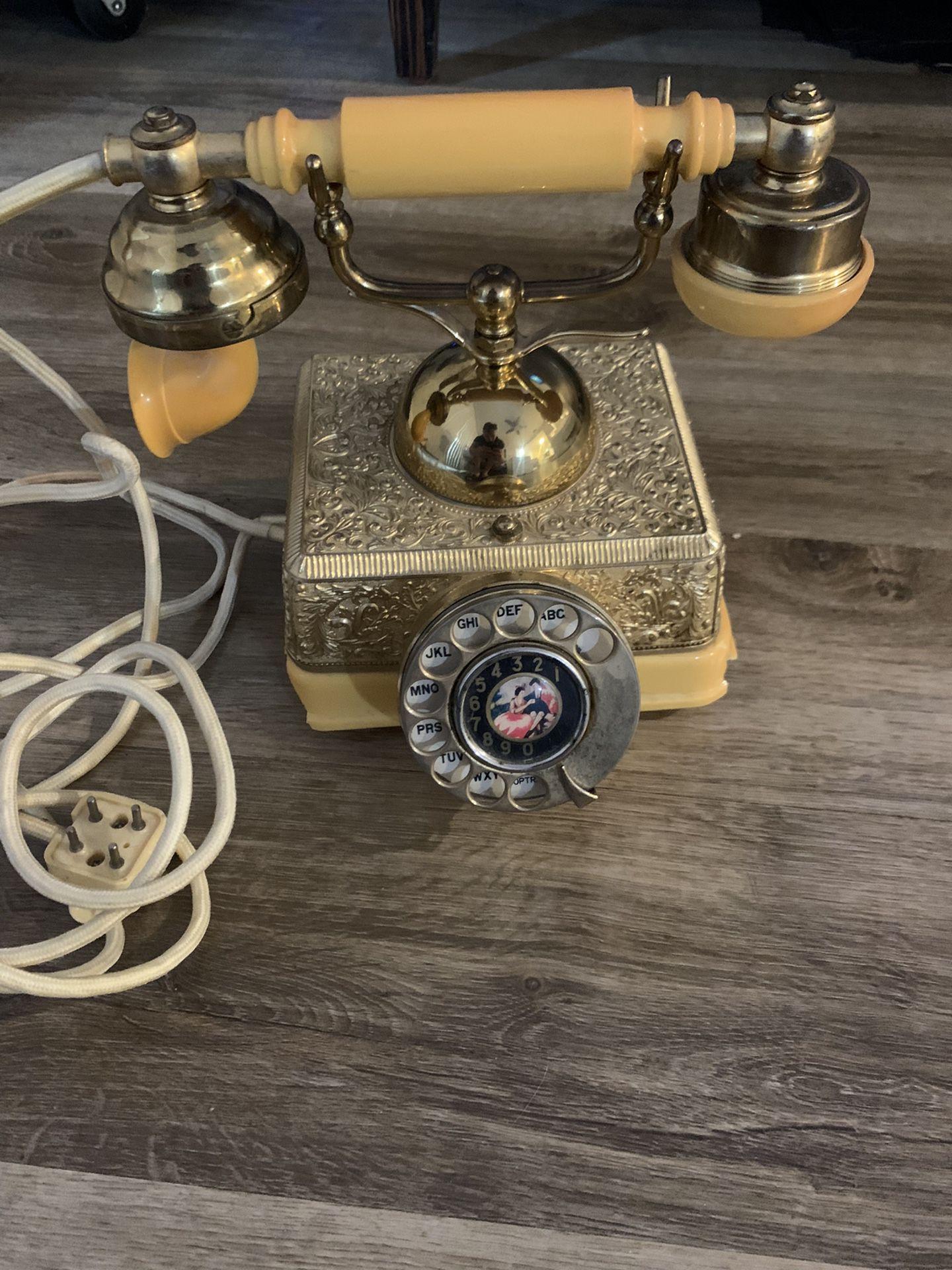 Rotary Retro Victorian Telephone