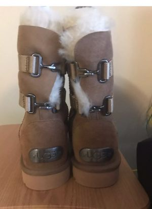 0b2ba9e138d New and Used Ugg boots for Sale in Queens, NY - OfferUp