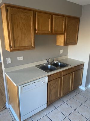 New And Used Kitchen Cabinets For Sale In Melrose Park Il Offerup