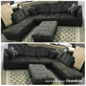 Brand New Charcoal Grey Microfiber Sectional With Storage Ottoman & Tax Free for Sale in Federal Way, WA