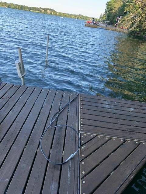 Sunstream hydraulic boat lift