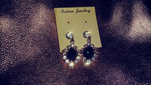 NEW CHANDELIER EARRINGS for Sale in North Aurora, IL