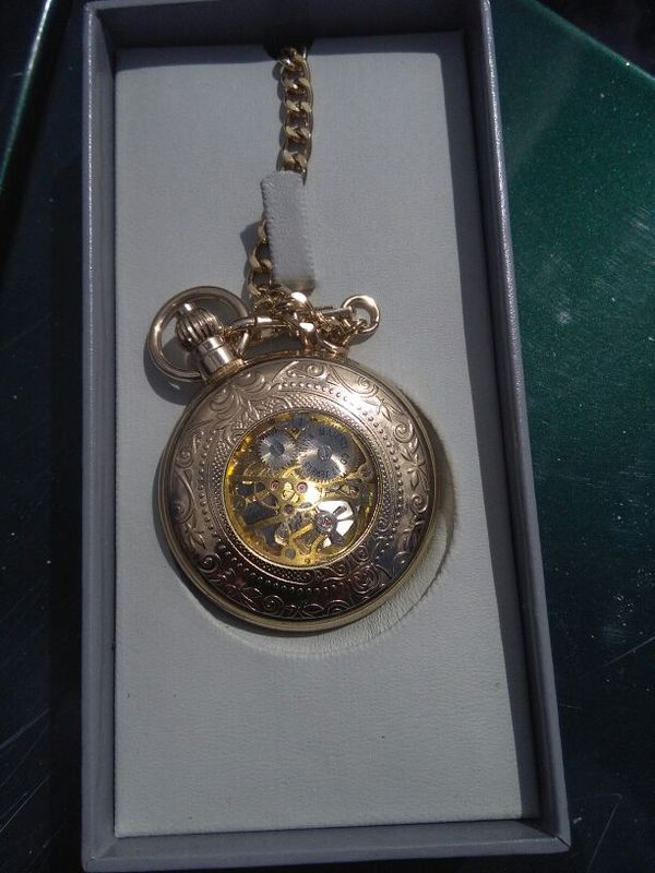 8b9acbde31db 17 jewel china majestic co. Pocket watch for Sale in Kelso