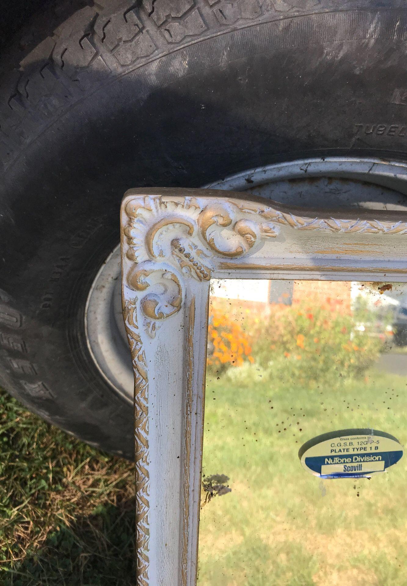 Wall medicine cabinet with mirror