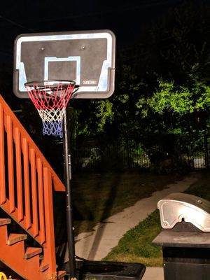 Basketball hoop for Sale in Chicago, IL