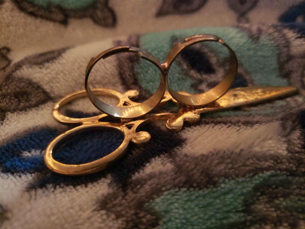 Antique Scissor Ring