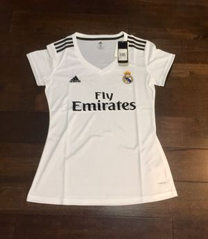 New Real Madrid 18/19 WOMEN's home jersey size M for Sale in Fairfax, VA