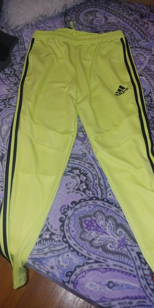 Photo Adidas Climacool Frozen yellow color sweats