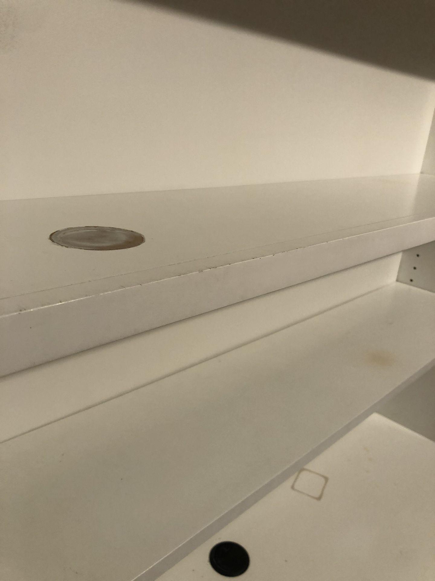 Solid White Desk with Hutch