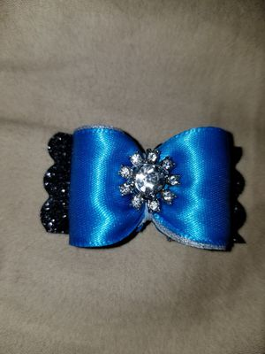 Fancy dog bows with Swarovski crystals. for Sale in WA, US