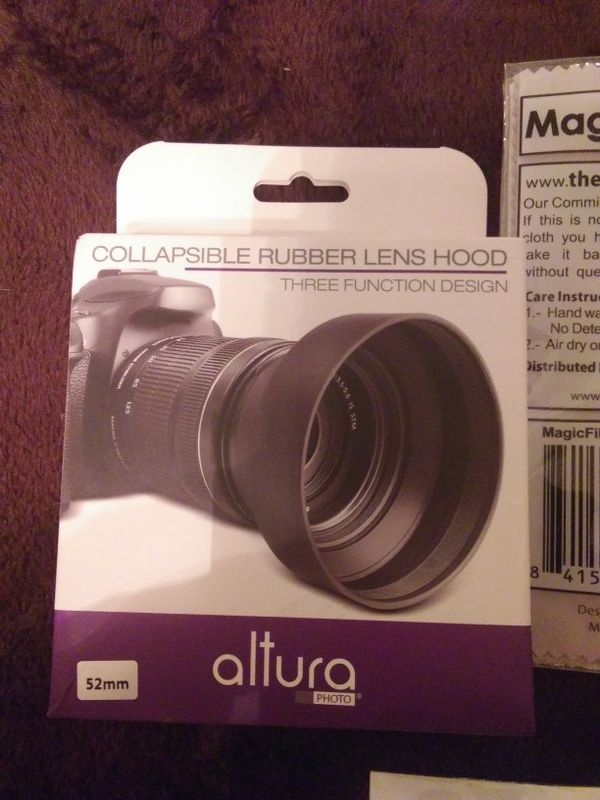 Altura Wireless Flash Trigger Set And Collapsible Rubber Lens Hood