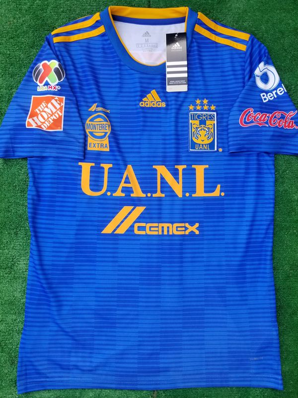 1a78a8d58f3 2018 Tigres UANL away soccer jersey Gignac for Sale in Raleigh, NC - OfferUp