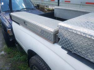 Pickup truck Tool box,caja de herramientas for Sale in Orlando, FL