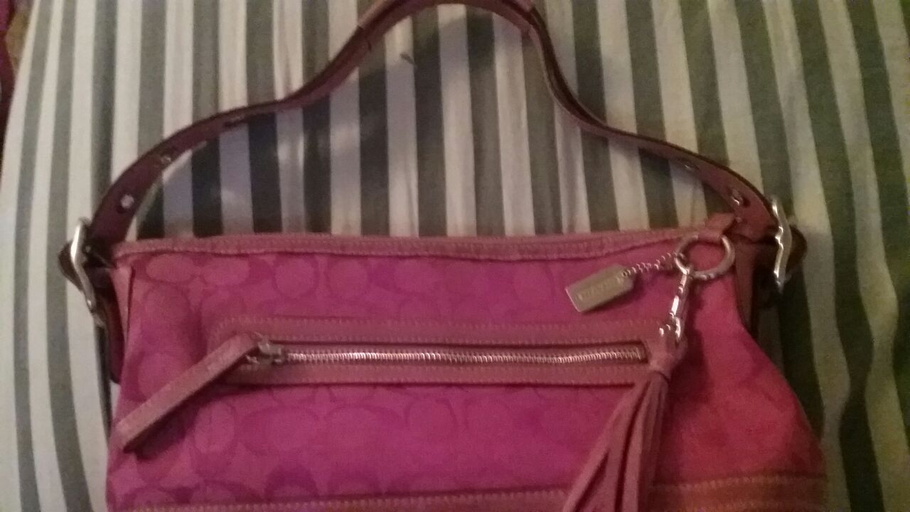 Awesome Pink Coach Purse