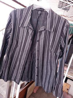 🙂❗Bonita blusa de mujer, usada, negra, talla L❗ Thumbnail