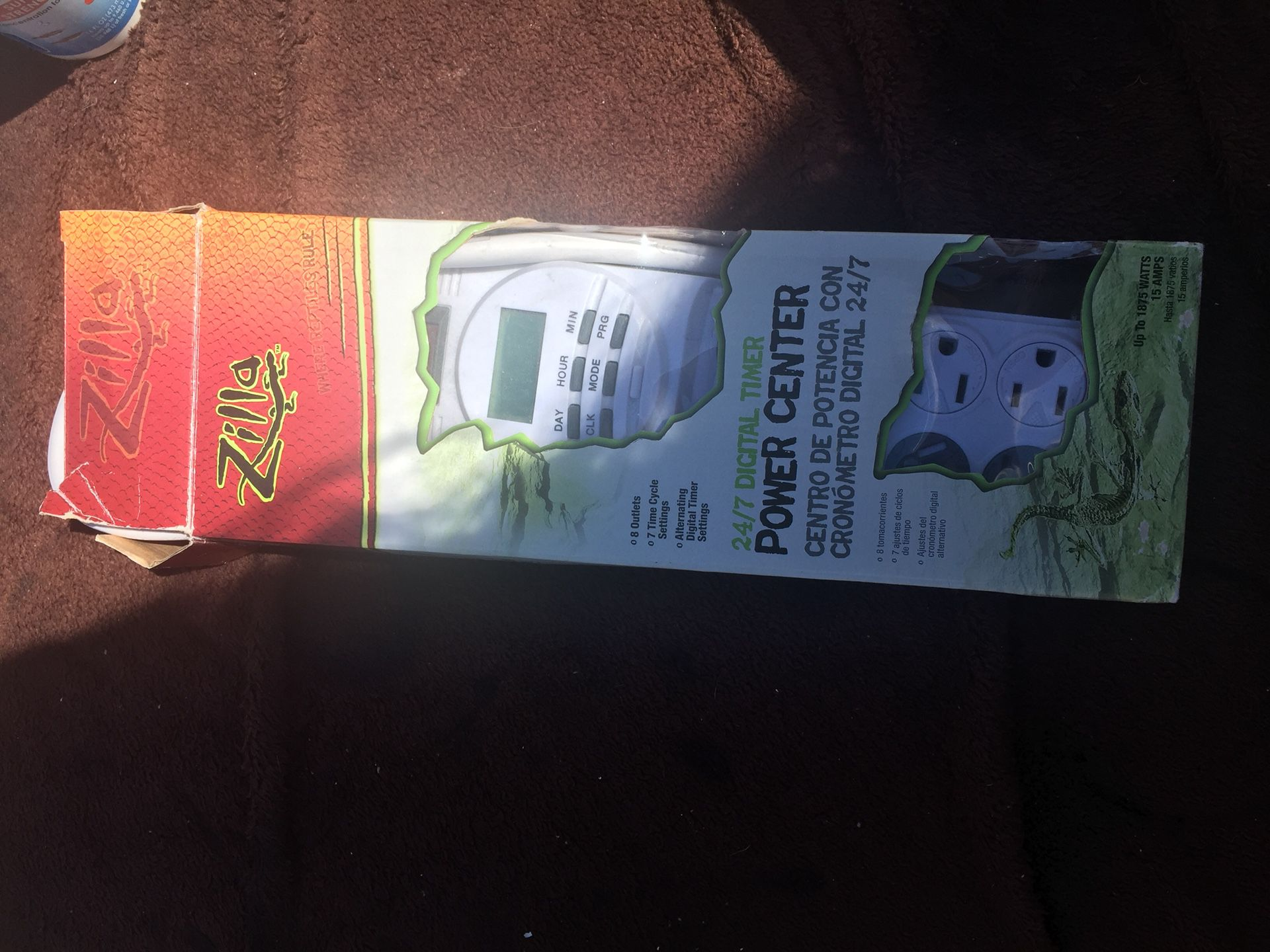 Reptile power strip with timer