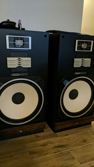"""2 15"""" Mitsubishi Speakers with Amplifier and Equalizer for Sale in NO POTOMAC, MD"""