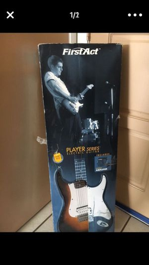 Electric guitar 🎸 (not amplifier) for Sale in Lake Mary, FL