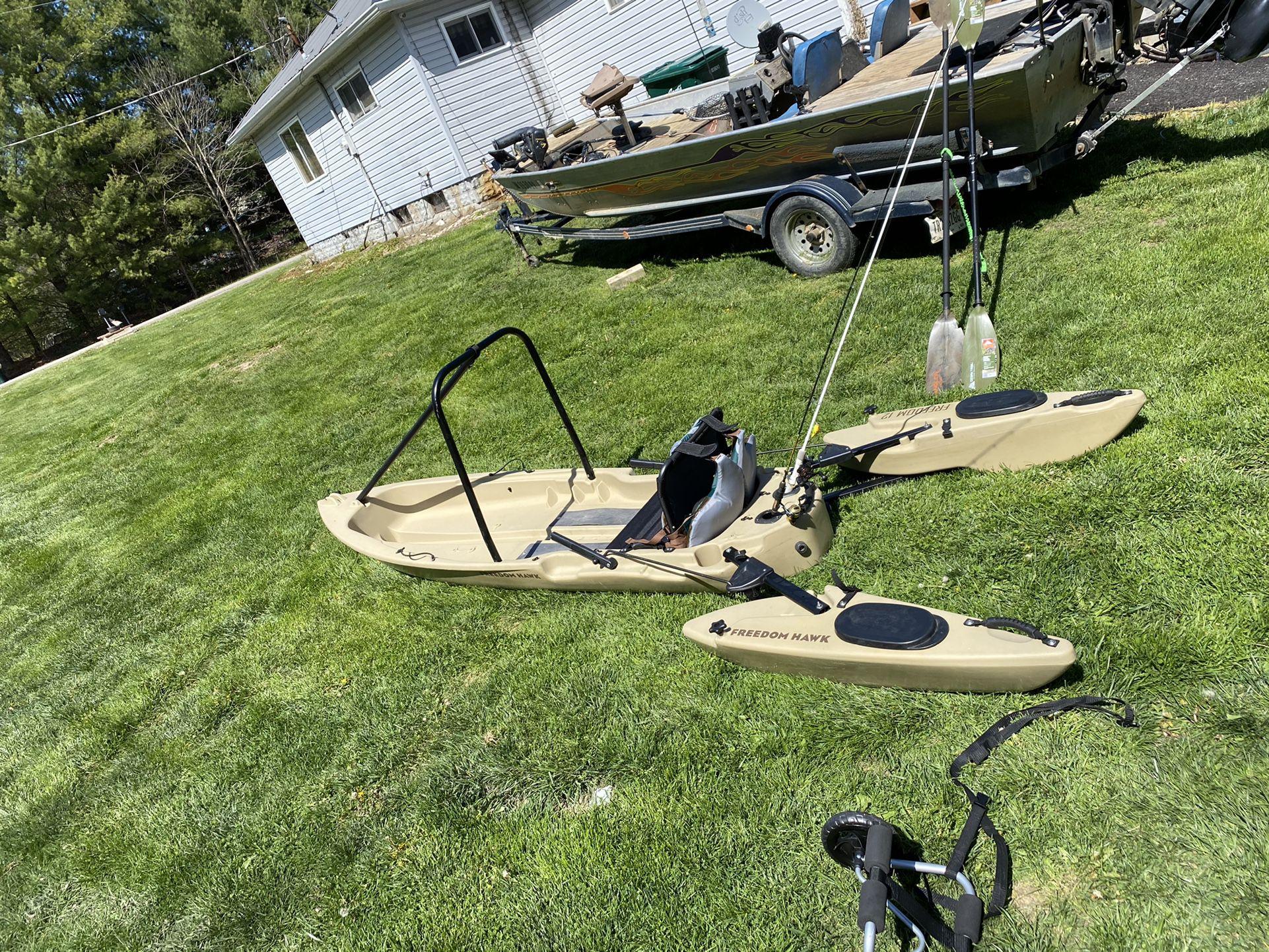 Photo Freedom Hawk 12 Fishing Kayak