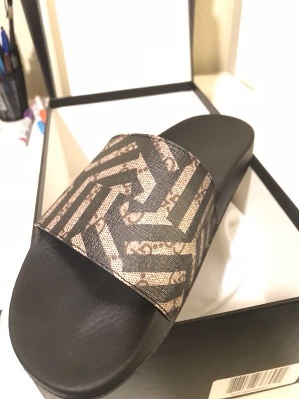 8e6d8eed0 Men s Gucci slides   flip flops for Sale in Port St. Lucie