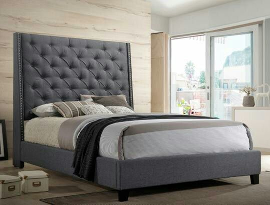 Chantilly Gray Upholstered Queen Bed (King Size available)