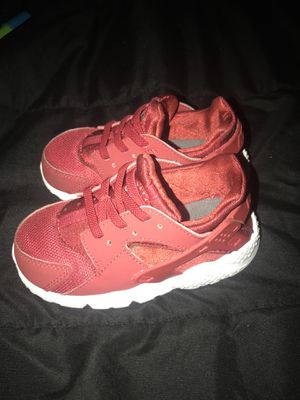 Toddler boys Nike sneakers size 7 for Sale in Washington, DC