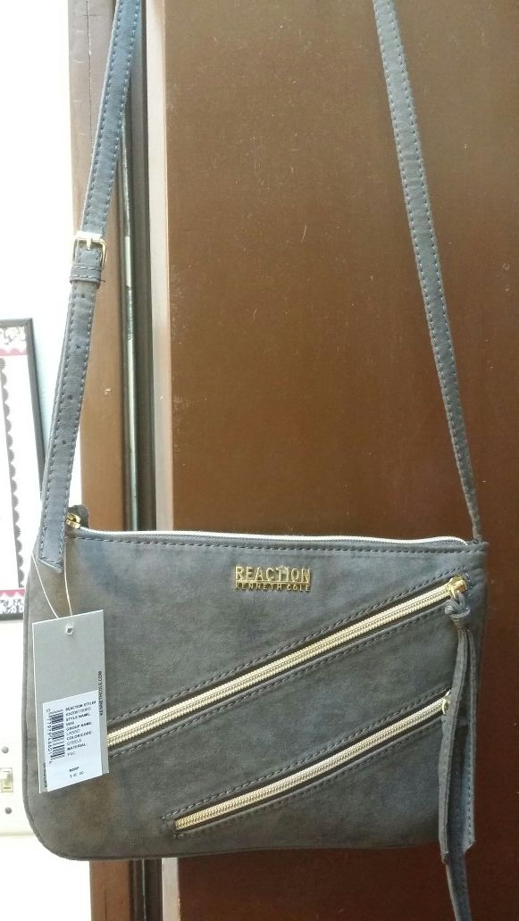 536d57922 Brand new Kenneth Cole cross body purse for Sale in Lakewood, WA - OfferUp