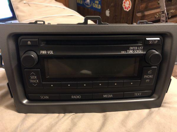 2012 toyota corolla radio replacement