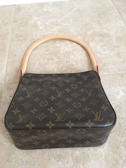 Louis Vuitton purse Thumbnail