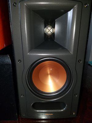 1 Speaker klipsch 1 polk Speakers 1 subwofer klipsch 3 for 120 for Sale in Las Vegas, NV