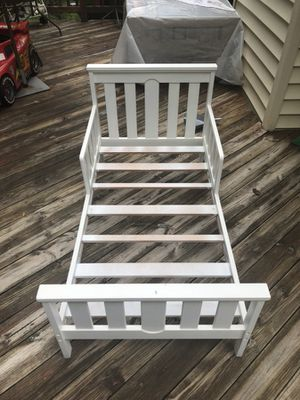 Toddler bed with mattress $65 for Sale in Chantilly, VA