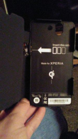 Xperia cellphone case w/ charger for Sale in Salt Lake City, UT