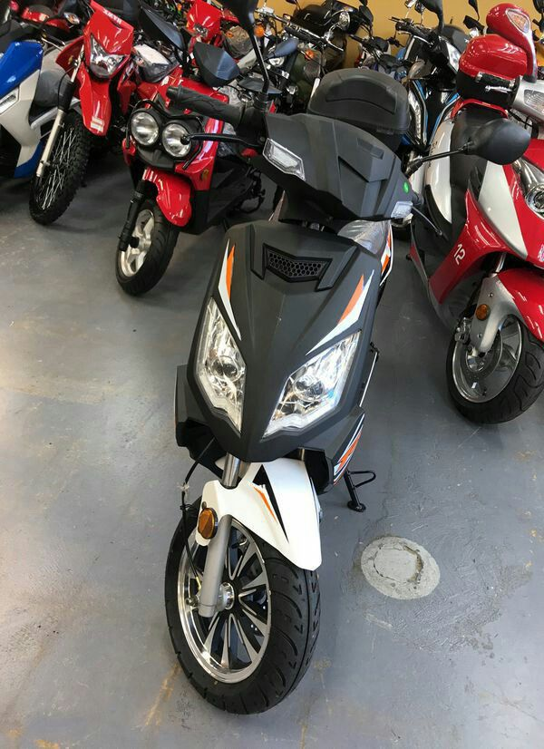 taotao Scooter 50cc for Sale in Dallas, TX - OfferUp