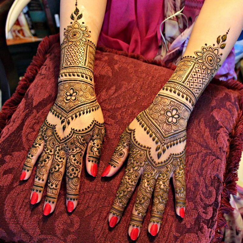 Henna tattooing