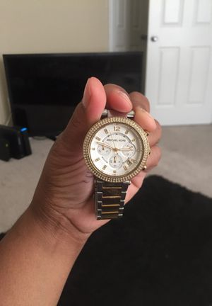 Michael kors for Sale in Baltimore, MD