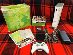 Photo XBOX 360 Console Bundle Like Brand New, NO SCRATCHES