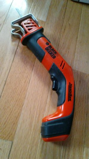 Perfect Black/Decker CHS6000 Cordless Recip Saw for Sale in Glen Burnie, MD