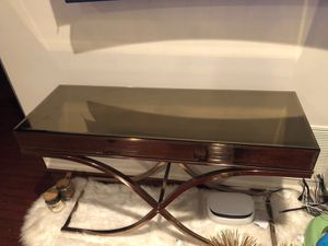 3side tables 1center table and console table for Sale in Calverton, MD