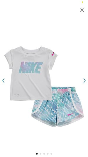 Photo 4t girls Nike outfit